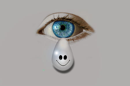 white teardrop with smiley and blue eyes painting
