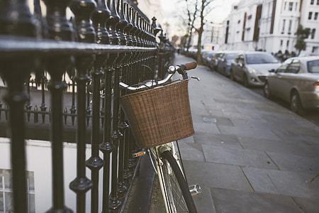Classic Bike Street Woman