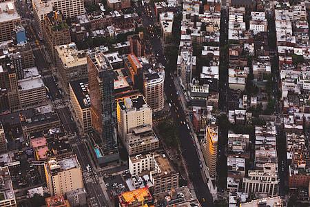 birdseye view of a city