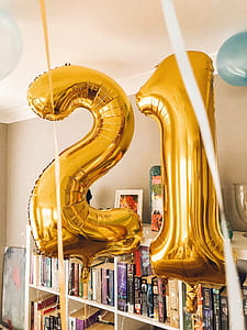 gold-colored 21 inflatable numbers