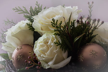 white roses and brown baubles