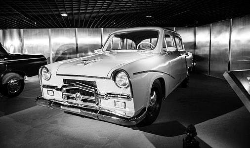 greyscale photo vintage car