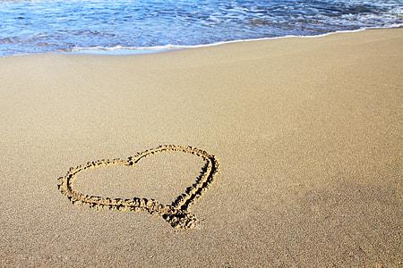 heart shape sand art
