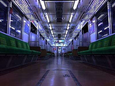 closeup photo of empty train