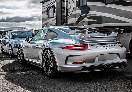 silver Porsche GT3 RS coupe