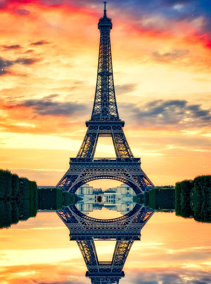mirror view of Eiffel Tower