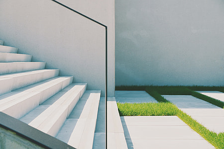 Minimal staircase architectural details