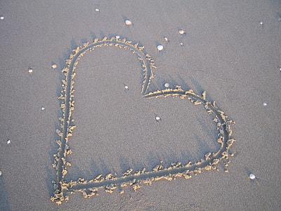 sand heart decor