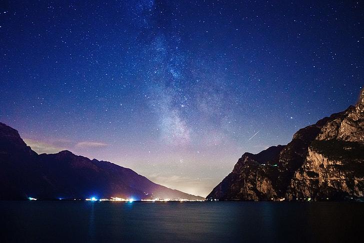 Coastal stars in the night sky