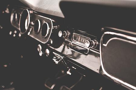 Retro Dashboard in Veteran Car