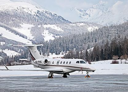 white CS-PHE jet