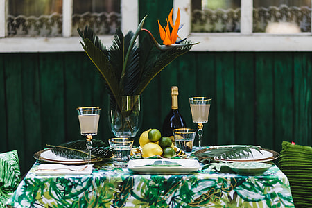 Elegant Exotic Table Decor