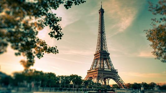 London, Eiffel Tower