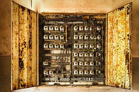 close up photo of circuit breaker