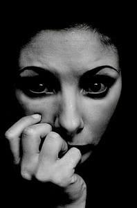 women's black eyeliner