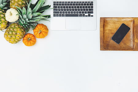 fruits and MacBook
