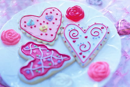 three heart cookies