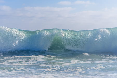 photography of sea wave