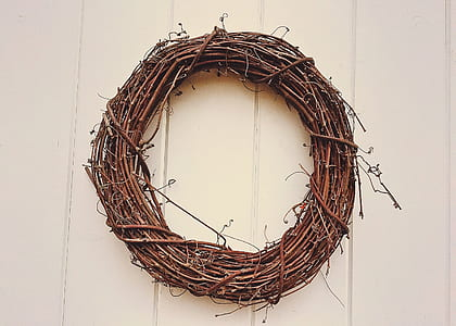round brown wicker wreath