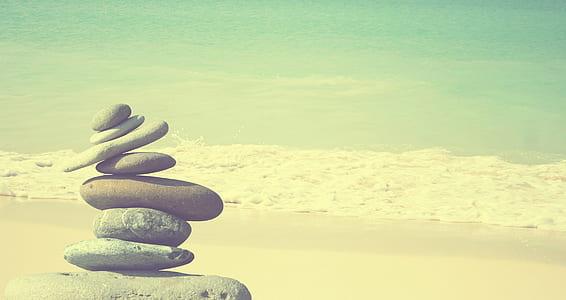 tower of balanced rocks