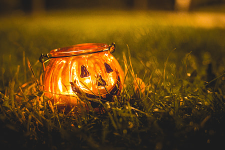 Halloween Candle Holder in Evening Grass