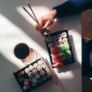Sushi takeaway in an office