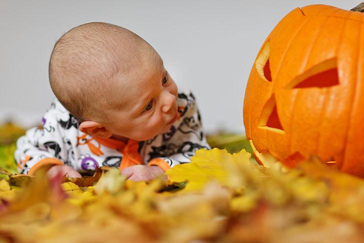 Royalty-Free photo: Baby wearing white and black long-sleeved pajama - PickPik