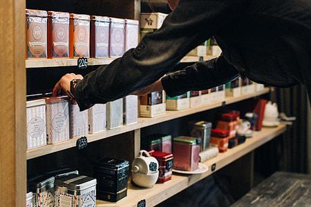 Choosing tea