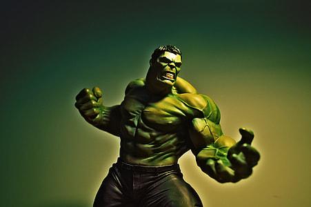 The Incredible Hulk digital wallpaper
