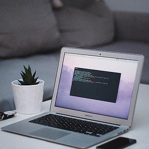 MacBook Air Code Minimal