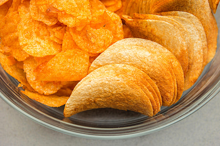 chips on round glass bowl