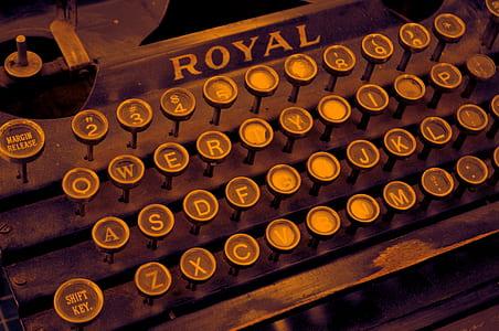 brown Royal typewriter
