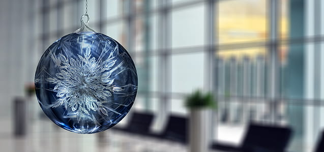 round blue glass pendant