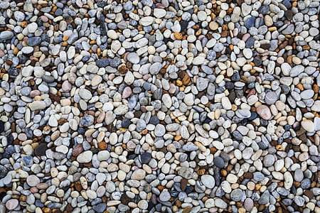assorted-color pebble ground