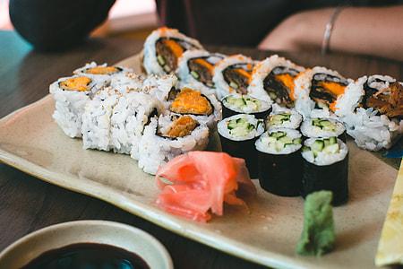 Sushi yam california rolls