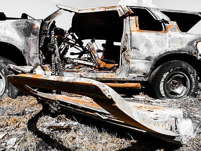 broken SUV