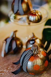 Golden ornamental pumpkins decorations
