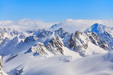 snow cap mountain during daytime