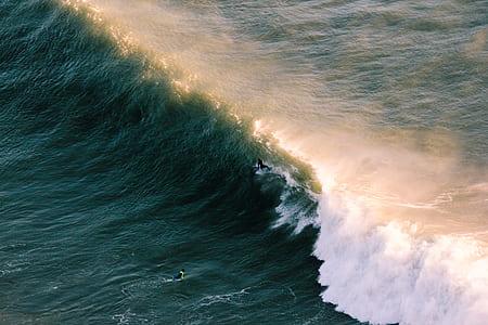crushing tidal waves painting