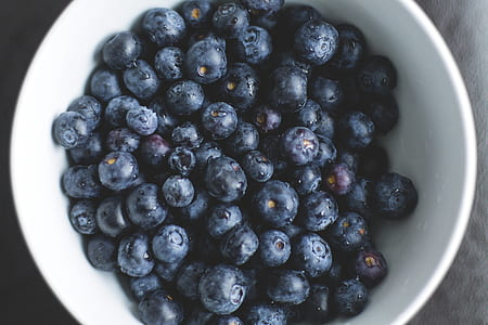 round white bowl of blueberries
