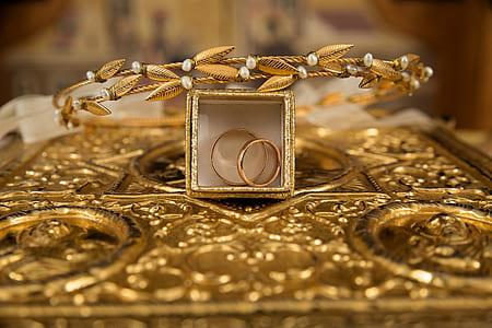 shallow focus gold-colored tiara