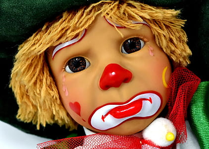 brown haired clown doll