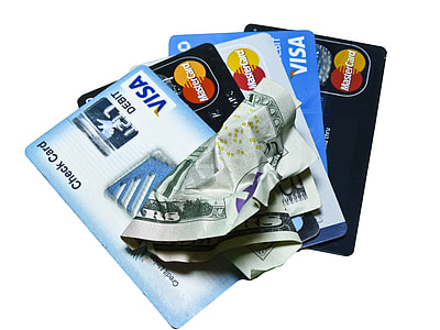 photo of five Visa cards