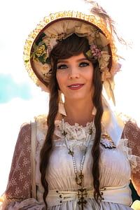 woman wearing floral casual hat