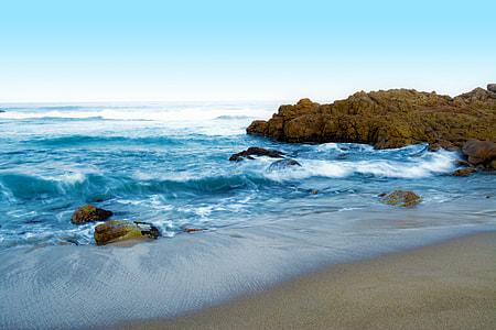 seashore photography during daytime
