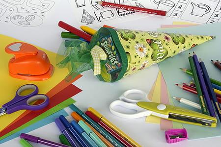 assorted-color pencil beside scissors