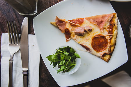 flat lay photography of pizza