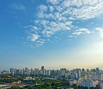 landscape photography of cityscape during daytime