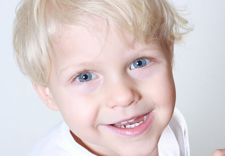 boy smiling photography