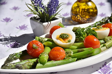 asparagus salad with egg